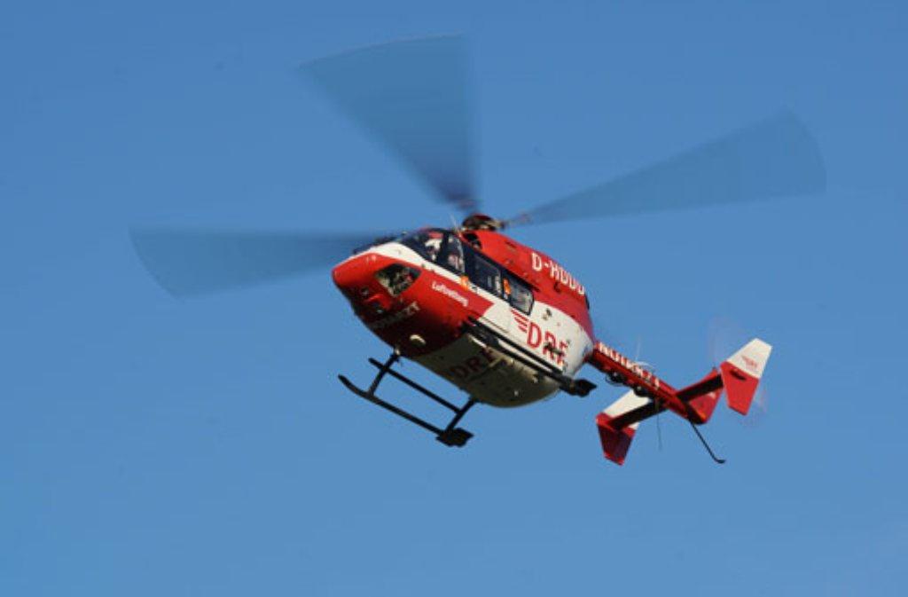Nach einem schweren Verkehrsunfall bei Urbach war auch ein Rettungshubschrauber im Einsatz. (Archivfoto) Foto: DRF-Luftrettung