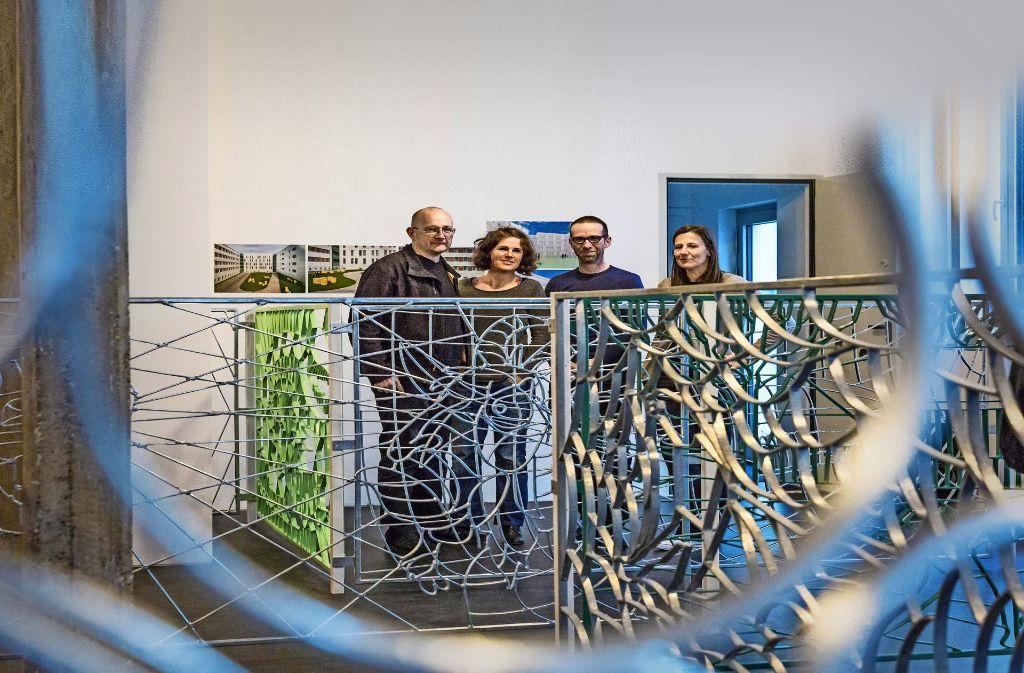 Michelin Kober, Anna Ingerfurth, Tilmann Eberwein und Daniel Mijic (v.li.) haben sich immer dienstags zum Workshop mit den Häftlingen getroffen. Foto: Lichtgut/Julian Rettig