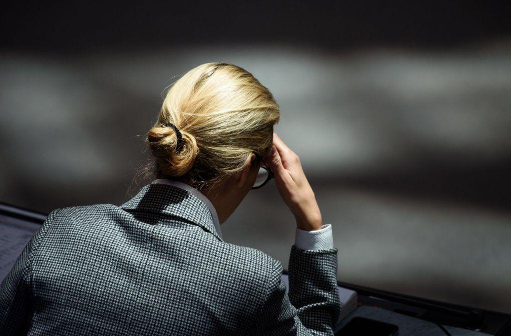 Stolpert sie über finanzstarke Gönner im Ausland? Der Druck auf Alice Weidel wächst. Foto: dpa
