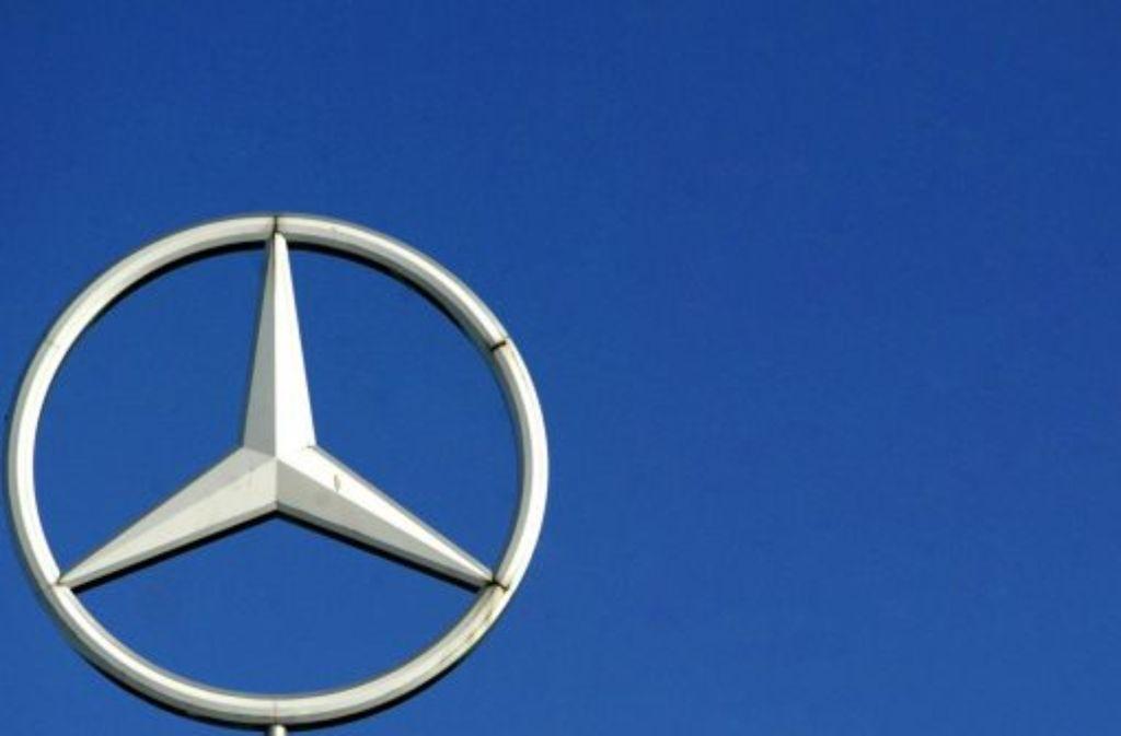 Daimler erwartet 2013 aus dem laufenden Geschäft einen operativen Gewinn von 7,5 Milliarden Euro. Foto: dpa