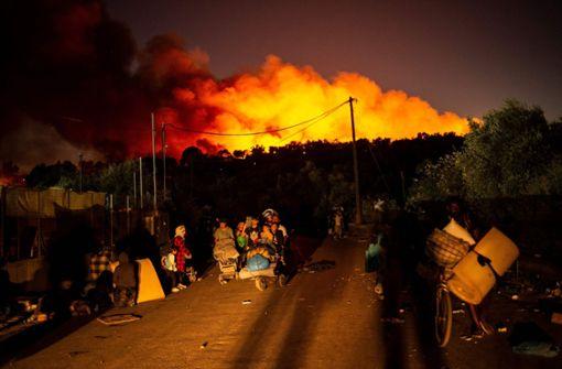 Neuer Brand zerstört weitgehend Reste von Moria