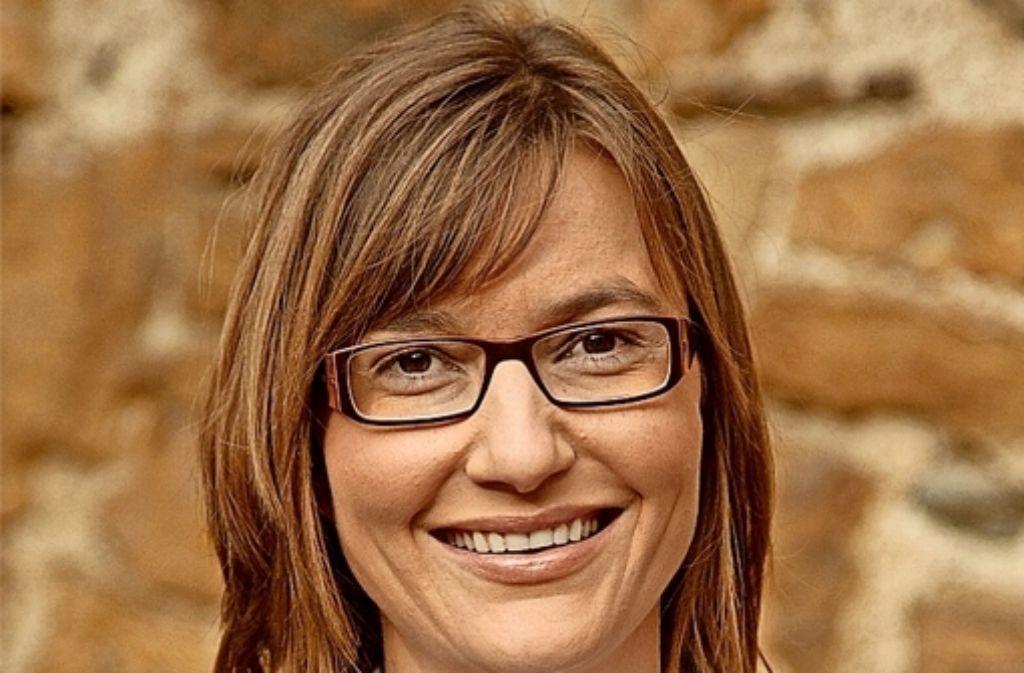 Claudia Dörner verteilt auch weiterhin ihre Flyer und macht Wahlkampf. Foto: privat
