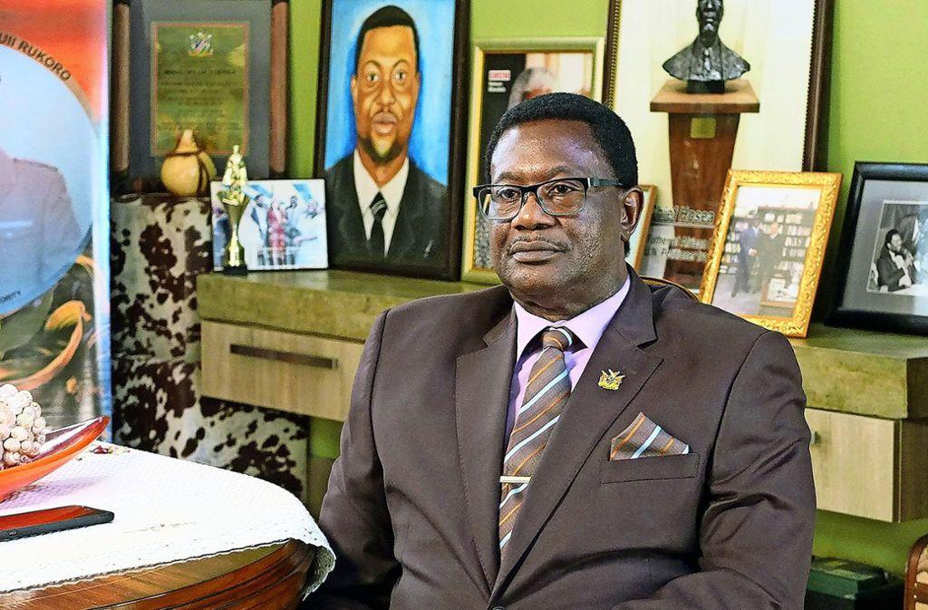 Auch Vekuii Rukoro, Führer der Herero, fordert Entschädigungen. Foto: ZDF/Fromm