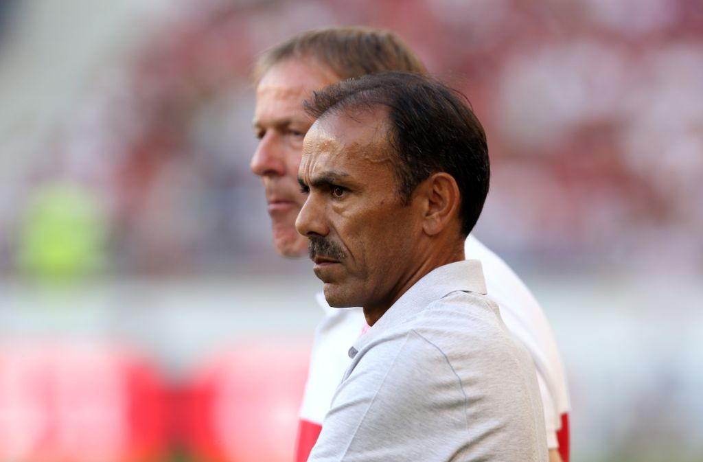 Trainer Jos Luhukay ist bei Fußball-Zweitligist VfB Stuttgart entnervt vom Streit mit Sportvorstand Jan Schindelmeiser zurückgetreten. Foto: Pressefoto Baumann