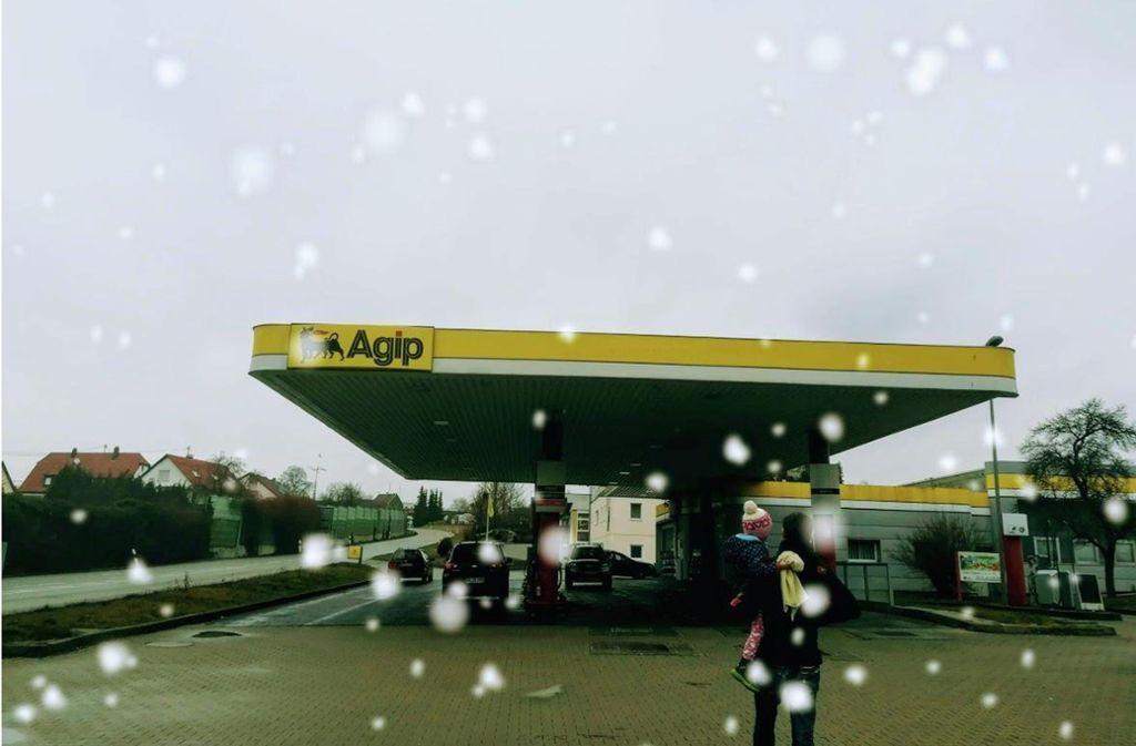 Die Agip-Tankstelle in Steinenbronn wurde am vergangenen Samstag Opfer eines Überfalls. Foto: Judith A. Sägesser