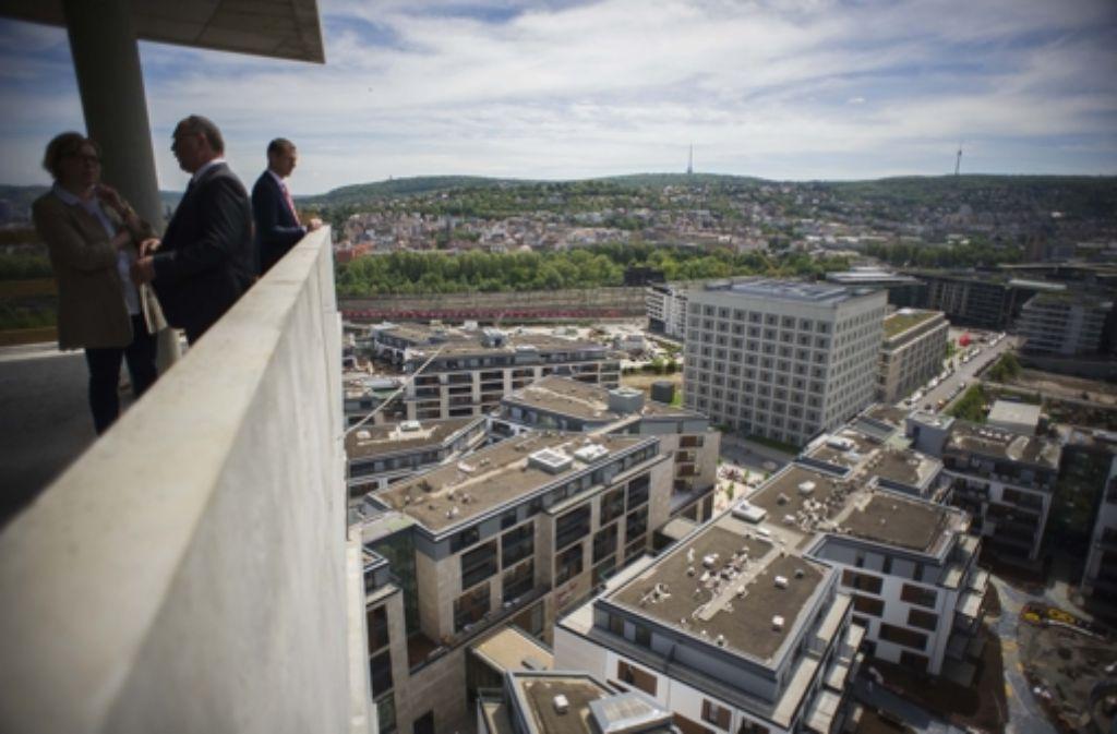 Bis zu 14.000 Euro soll jeder Quadratmeter im Cloud No. 7 kosten. Der Ausblick auf Stuttgart ist dabei inklusive. Foto: Lichtgut/Max Kovalenko