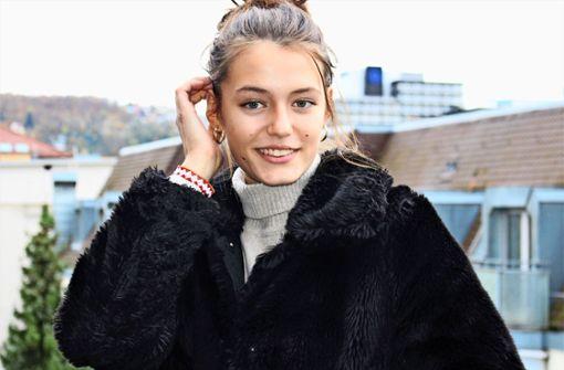 Dieses Mädchen startet seine Model-Karriere