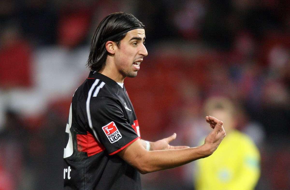 Sami Khedira im Trikot des VfB Stuttgart: Der Weltmeister will offenbar von Italien auf die Insel wechseln. Foto: baumann/Hansjürgen Britsch