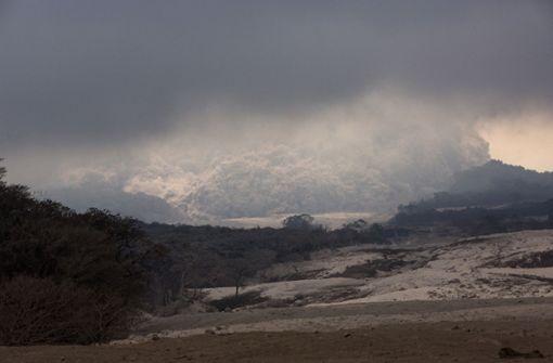 Vulkan erneut ausgebrochen – 200 Menschen vermisst