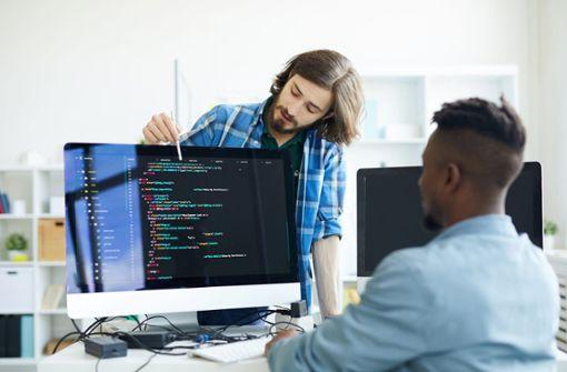Autobauer sucht 1000 neue Software-Spezialisten für Sindelfingen