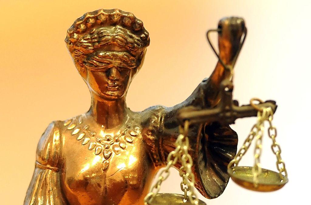 Eine Verurteilung ist zu erwarten. Der Angeklagte hat gestanden. Foto: ZB