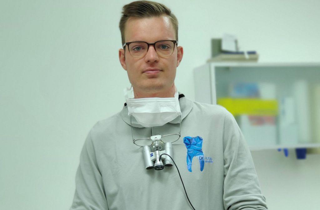 Patrick Putze arbeitet seit dreieinhalb Jahren als Zahnarzt in Stuttgart. Foto: Patrick Putze