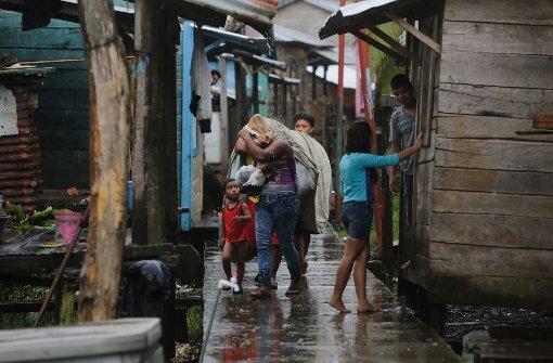 "Hurrikan ""Otto"" und starkes Erdbeben treffen Mittelamerika"