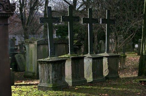 Manche Grabsteine sind ganz verloren