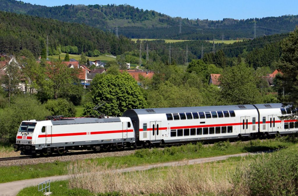 Die Gäubahn soll künftig für unbestimmte Zeit nicht im Stuttgarter Hauptbahnhof enden, sondern in den Stadtteilen Vaihingen und Nord halten. Foto: Deutsche Bahn AG/Benedikt Stahl