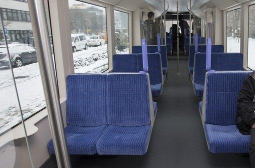 Probesitzen in der neuen Stadtbahn