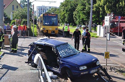 Stadtbahnunfall - Frau in Lebensgefahr