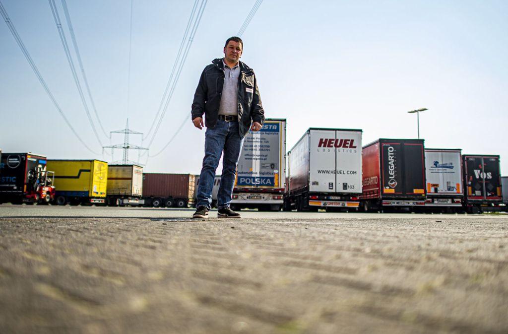 Lastwagenfahrer Ronny Knoblauch sieht keine Wertschätzung für ihn und seine Kollegen. Foto: dpa/David Inderlied