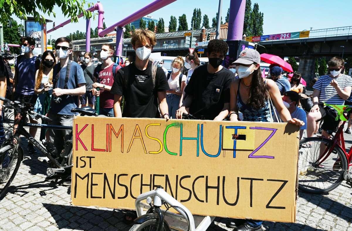 Klimaprotest in Berlin Foto: dpa/Annette Riedl