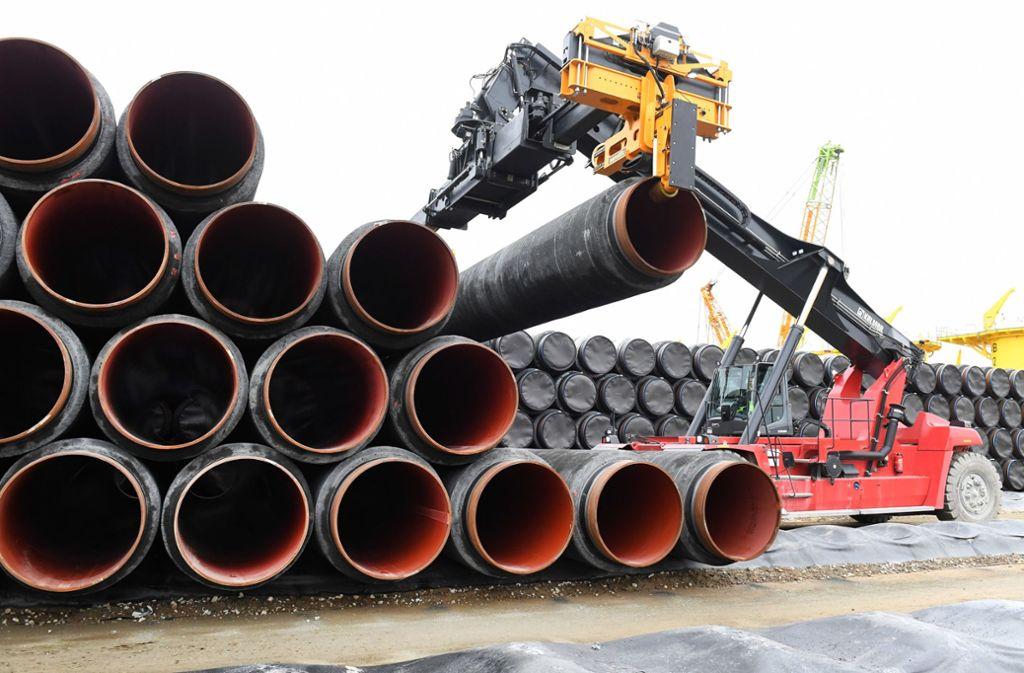 Röhren für russisches Gas: Vergrößert Deutschland seine Abhängigkeit von Putin? Foto: dpa