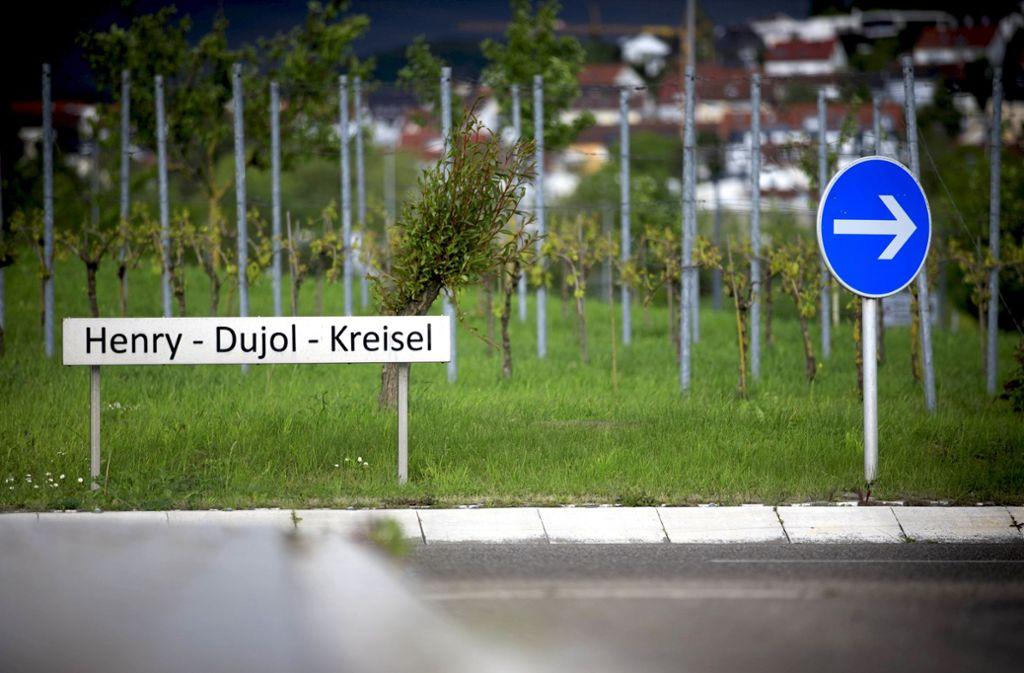 Vor zehn Jahren wurde der nach dem früheren Albertviller Bürgermeister Henry Dujol benannte Kreisel eingeweiht. Foto:
