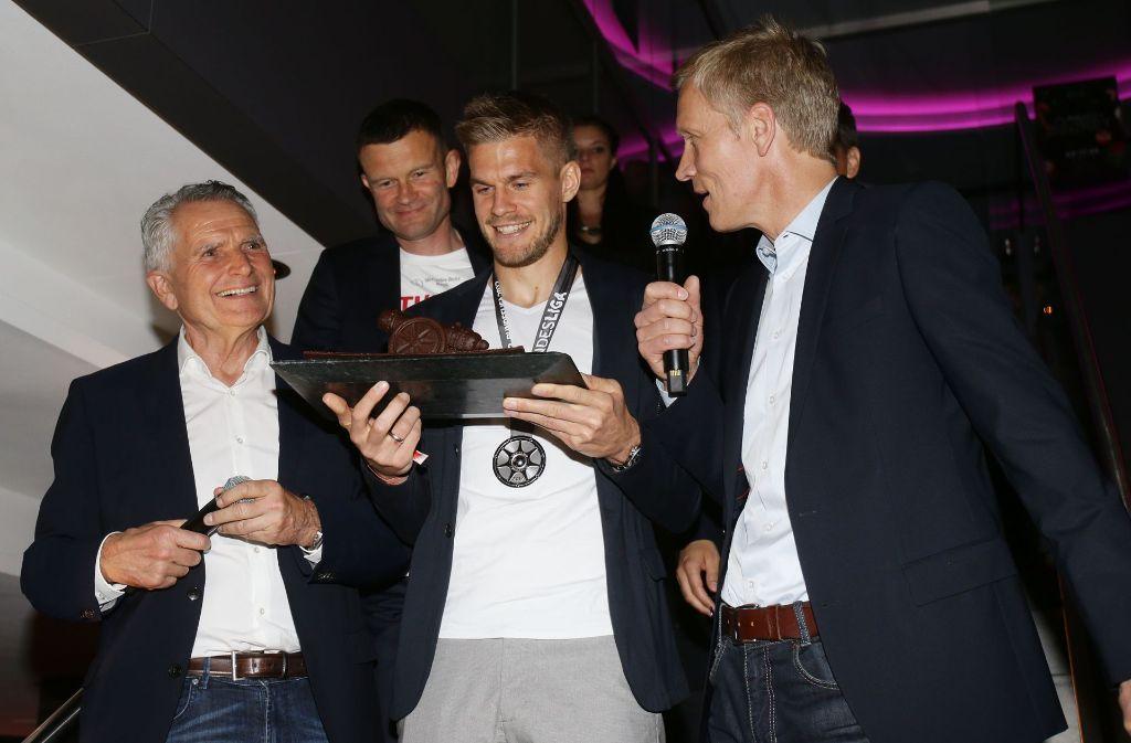 Torjäger: Der VfB will Stürmer Simon Terodde (Mitte) halten. Foto: Pressefoto Baumann
