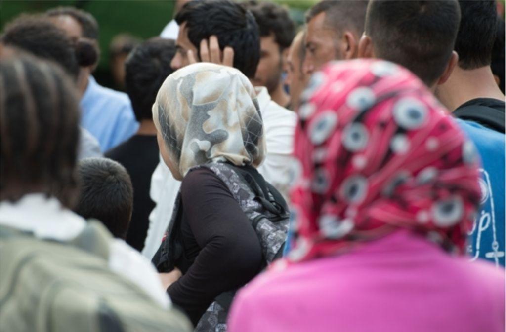 Mehr als 200.000 Flüchtlinge haben im Jahr 2015 bisher einen Asylantrag in Deutschland gestellt. Foto: dpa-Zentralbild