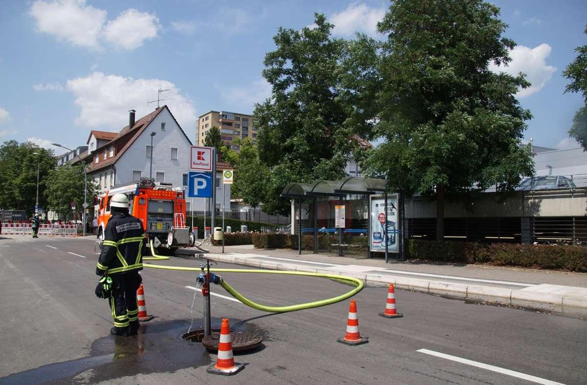 In der Kaufland-Tiefgarage in Sindelfingen hat ein E-Auto gebrannt. Foto: SDMG/SDMG / Dettenmeyer