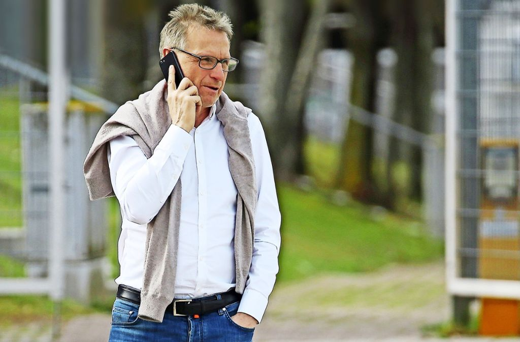 Gut vernetzt: der VfB-Sportchef Michael Reschke pflegt in der Fußballszene gute Kontakt. Foto: Baumann