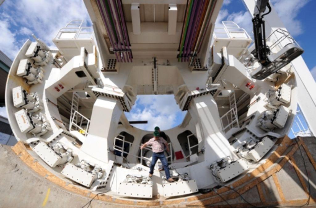 Gigantische Ausmaße: die Tunnelbohrmaschine Foto: dpa
