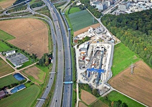 Die Bahn wünscht sich eine   direkte Zufahrt von der A8 zum Tunnelportal. Foto: Manfred Grohe