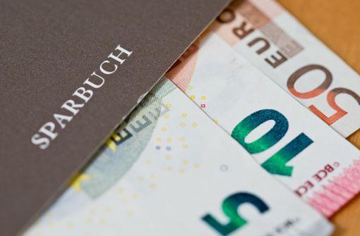 Mehr Kredite und viele Krisensparer