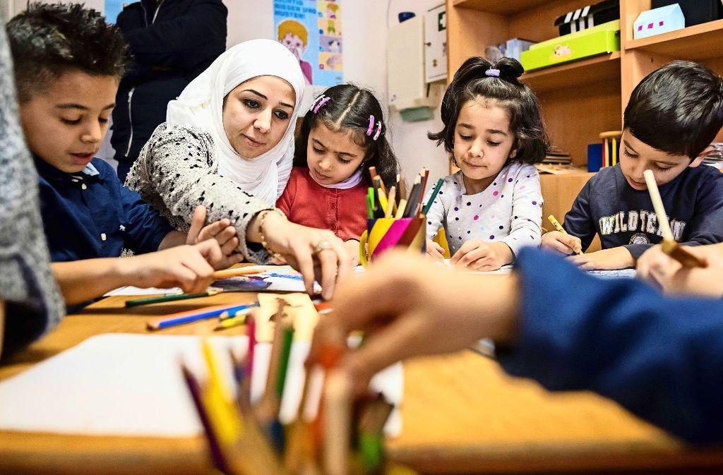 Gemeinschaftsräume, in denen sich Flüchtlinge auch mit Deutschen treffen können, gibt es bisher nur in zwei der drei neuen Unterkünfte. Foto: dpa