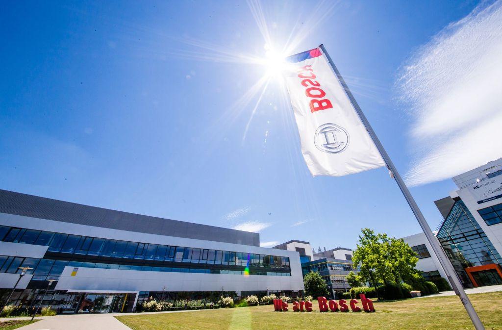 In Reutlingen ist das Leitwerk für die Automobil-Elektronik im Bosch-Konzern sowie eine Halbleiterfertigung angesiedelt. Foto: dpa