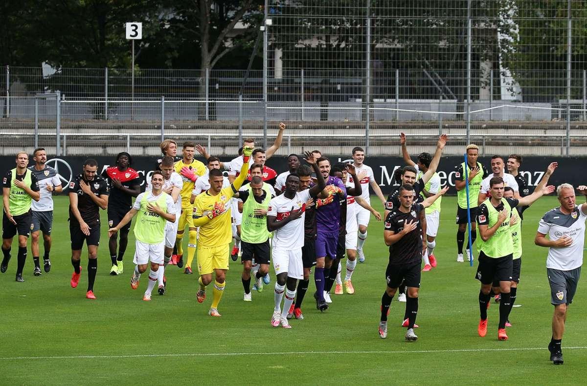 Der VfB Stuttgart begann an diesem Montag mit der Vorbereitung auf die Bundesliga-Saison. Foto: Baumann