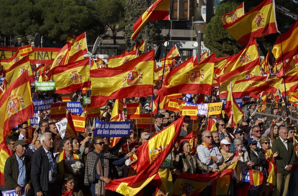 In Madrid sind am Samstag Tausende auf die Straßen gegangen. Foto: Getty Images Europe