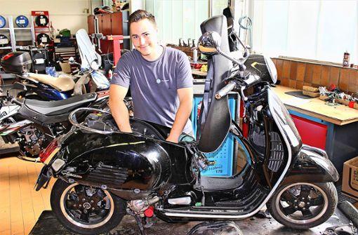 Mit nur 20 Jahren ein Meister fürs Motorrad