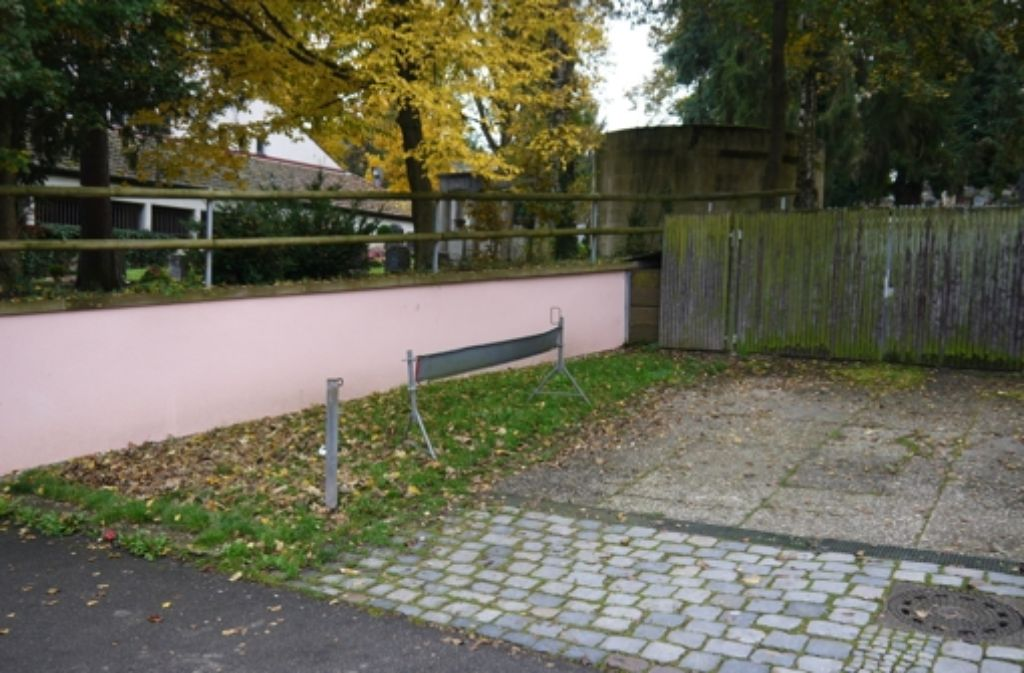 Der Heslacher Friedhof ist bisher nicht barrierefrei. Foto: Archiv/ Nina Ayerle