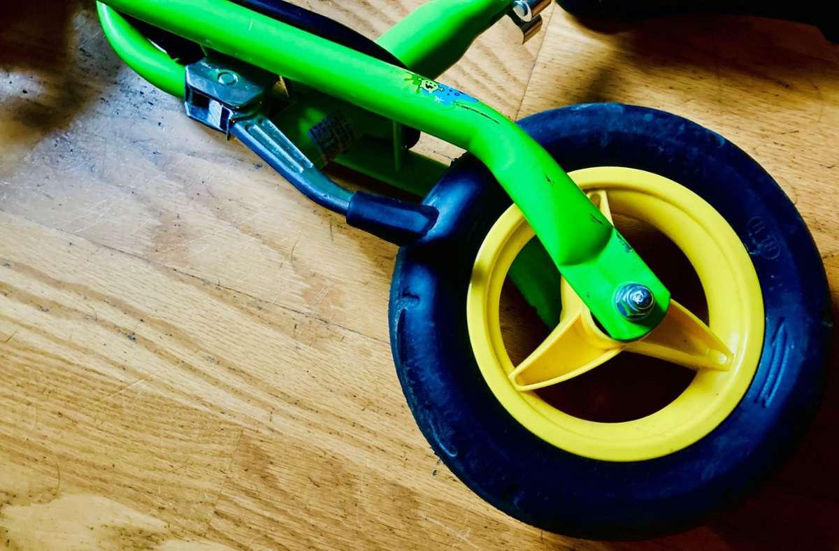 Ein Laufrad: Super Fortbewegungsmittel, es sei denn man läuft gerade und stolpert darüber. Foto: Setzer