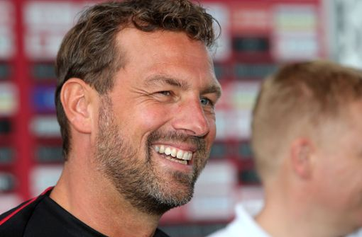 Markus Weinzierl bringt gute Laune beim VfB ein