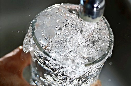 Billiger Wasserpreis reißt 2,8-Millionen-Loch