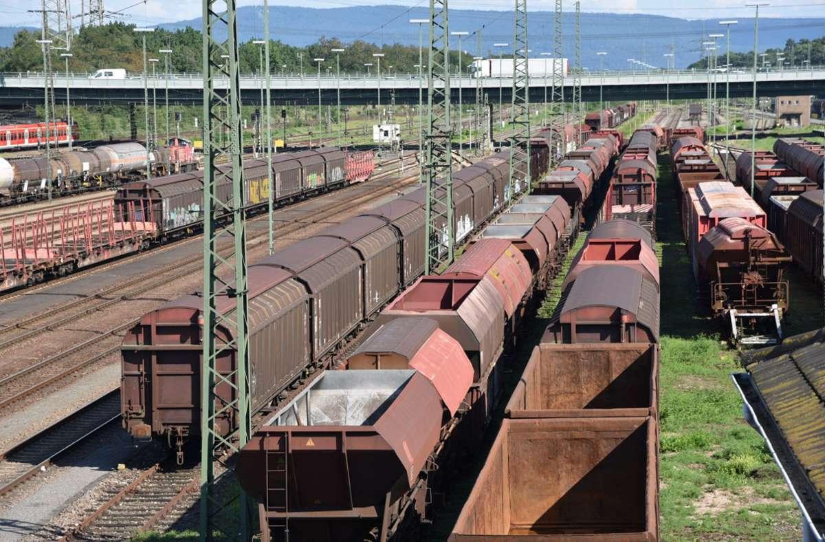 Der Einsatz lauter Güterwaggons ist von Ende 2020 an verboten. Das gilt aber wohl nicht für alle Regionen in Deutschland. Foto: dpa/Rene Priebe