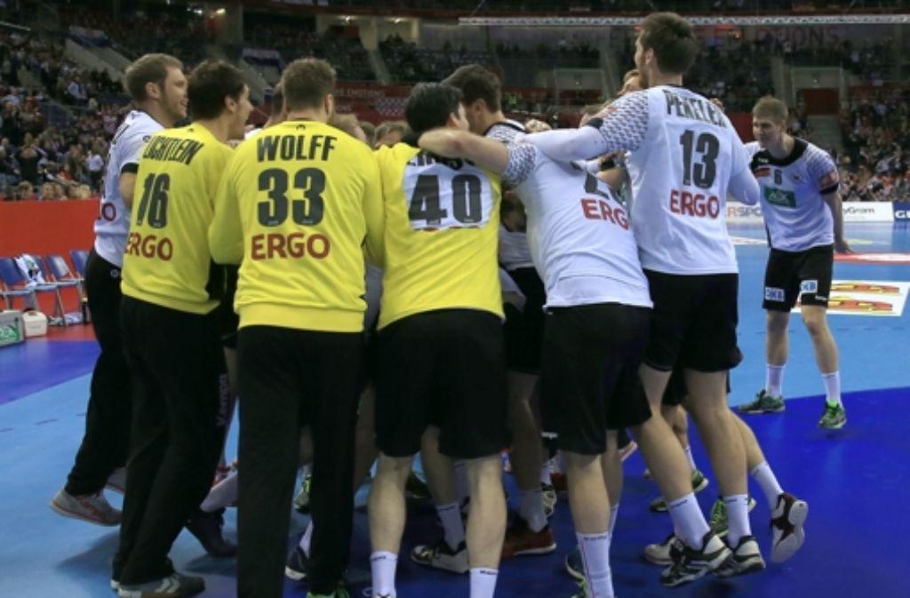 Jetzt ist der Jubel endgültig: Deutschland steht im Finale der Handball-EM. Foto: dpa