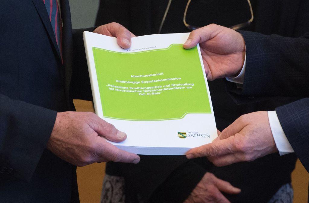Die Kommission stellt den Abschlussbericht zum Fall Al-Bakr vor. Foto: dpa-Zentralbild