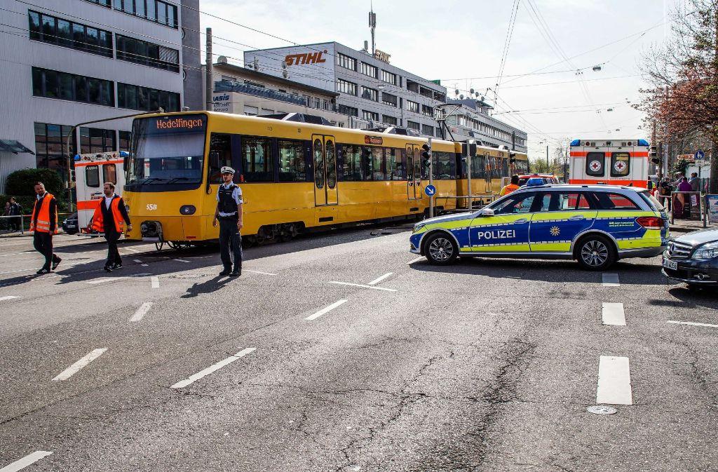 In Stuttgart-Wangen ist es am Samstagvormittag zu einem Unfall gekommen. Foto: SDMG