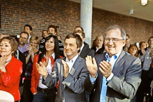 Peter Hofelich (rechts) hat gut lachen: Er holte  2011 das beste SPD-Ergebnis in der Region Stuttgart. Und wie ergeht es dem Staatssekretär am 13. März? Foto: Rudel/Regenscheit