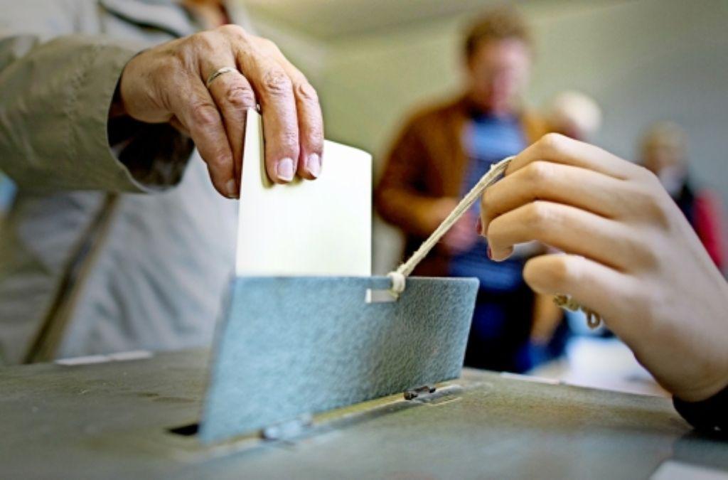 Bürgerbeteiligung erschöpft sich nach Ansicht von Staatsrätin Gisela Erler nicht allein in Abstimmungen. Wichtig sei das gesellschaftliche Engagement der Bürger. Foto: dpa
