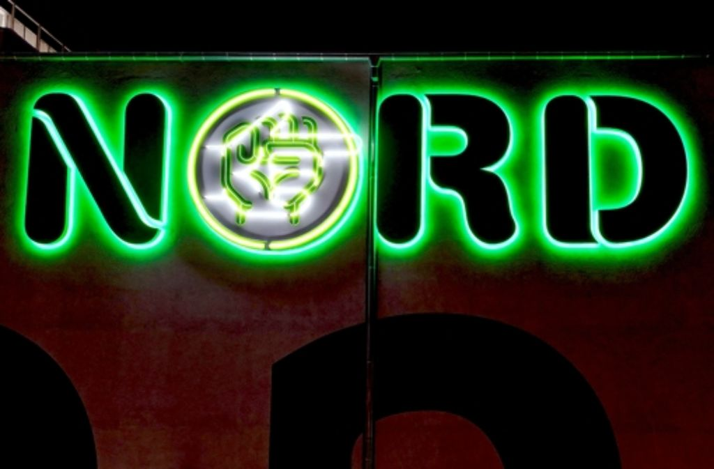 Grün, die Farbe der Hoffnung, weist den Weg zur Behelfsspielstätte. Foto: Matthias Dreher