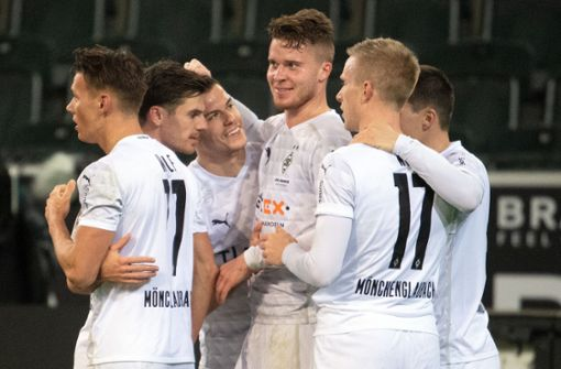 Nico Elvedi rettet Gladbach den Sieg