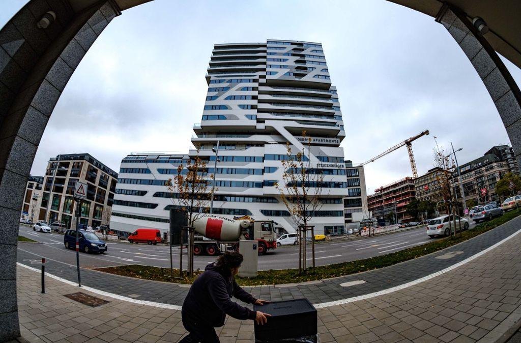 Das Hochhaus Cloud Nr. 7 beherbergt auch das Jaz-Hotel. Foto: Lichtgut/Leif Piechowski